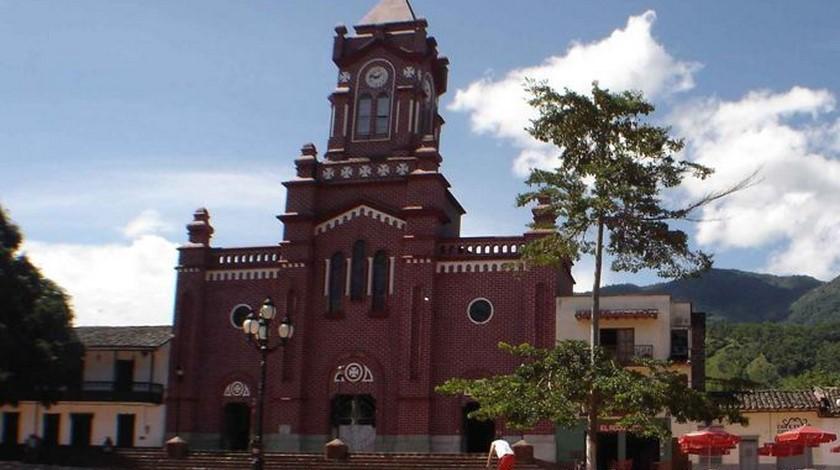 Alcaldesa de San Carlos, Antioquia tiene Covid