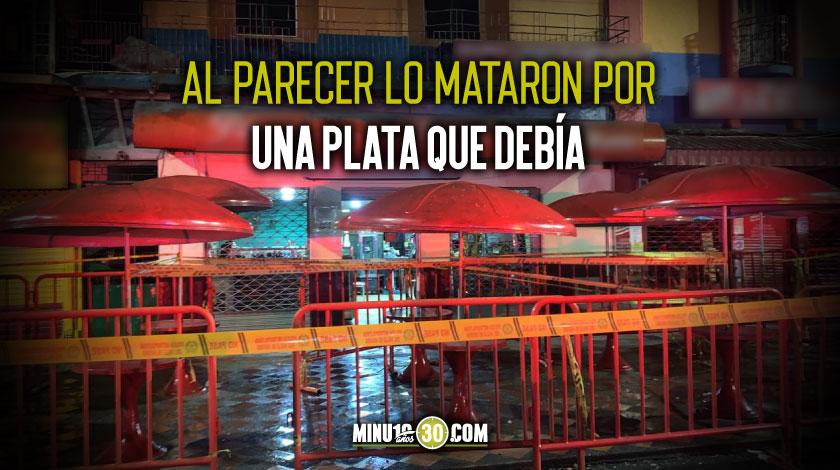 A balazos asesinaron a un hombre en el parque principal del municipio de Caldas