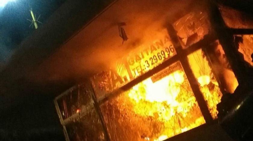 CAI incendiado en la ciudad de Bogota