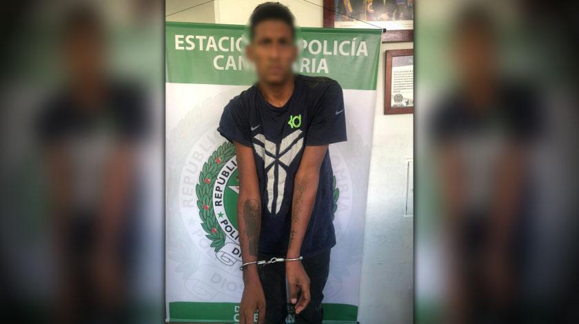 capturado por agredir a policia