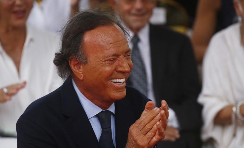 La 'caída tonta' que tuvo a Julio Iglesias los últimos dos meses en recuperación