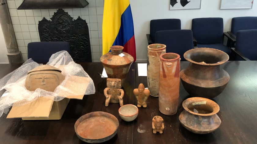 Bienes arqueologicos colombianos recuperados de Holanda