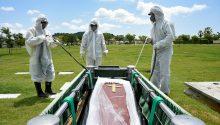 Ecuador pide prohibir visita a cementerios el próximo 2 de noviembre