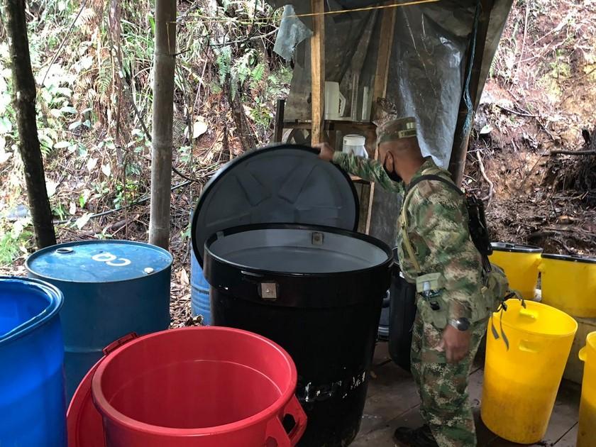 Laboratorio de cocaina de Los Chatas en El Carmen de Viboral 5