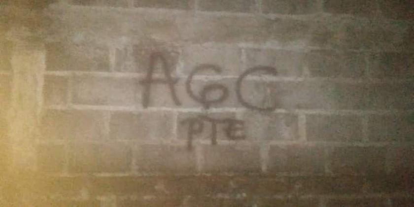 Paredes grafitis del Clan del Golfo Cordoba Monteria 2