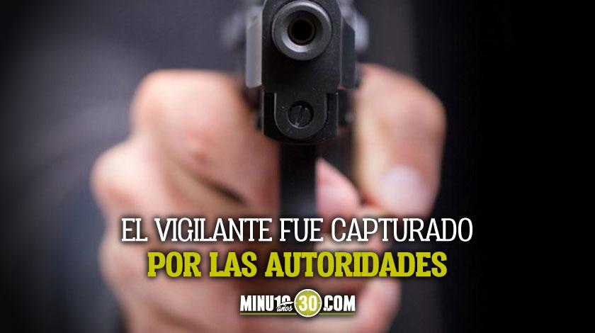 Presunto ladron murio tras recibir un disparo de un vigilante en Santa Cruz