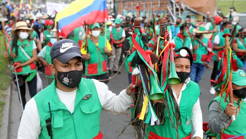 minga indigena por calles de bogota colombia octubre 19 3