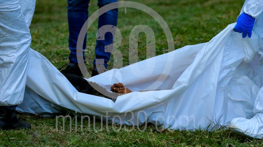 muerto hallado sobre la avenida regional a la altura de bello 1