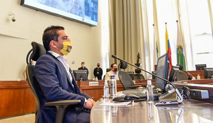 Concejal Alex Flórez denuncia amenazas de muerte a su señora madre