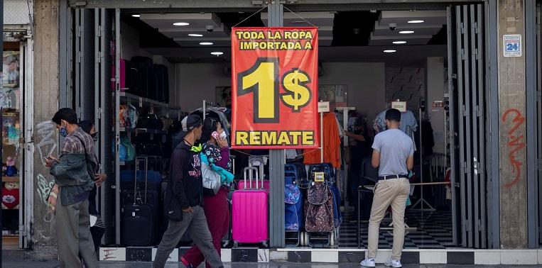 Venezuela, el país del dólar a 80 centavos
