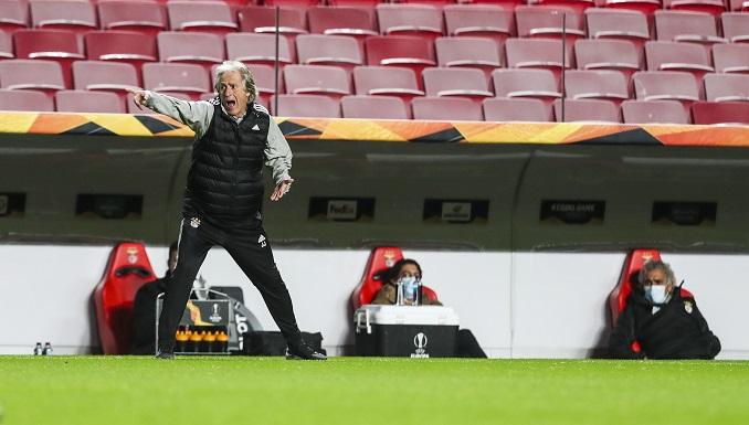 El Benfica, con 17 casos covid-19, podría parar dos semanas