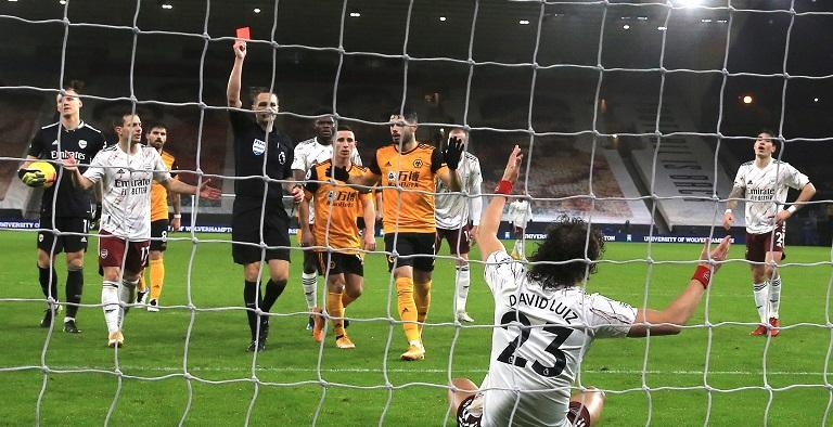 El Arsenal sufrió una pesadilla en su visita al campo del Wolverhampton Wanderers