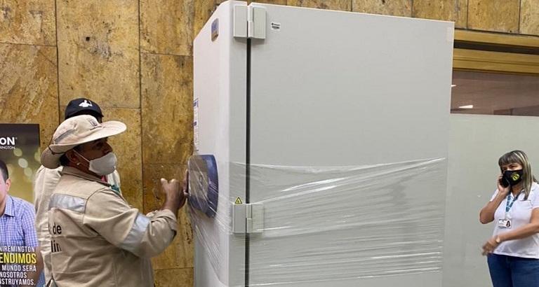 Primer ultracongelador para almacenar vacunas en Medellín