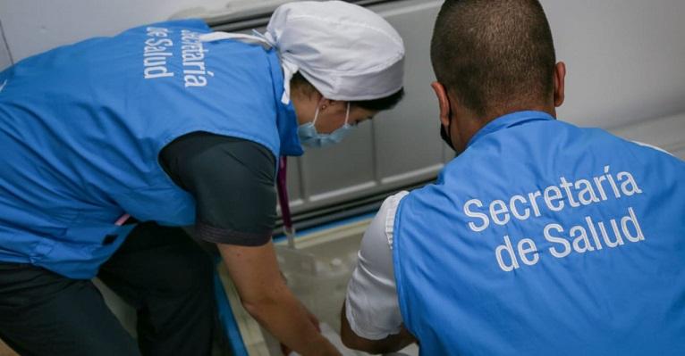 La primera vacuna COVID en Medellín la recibirá Alba Rocío Montoya