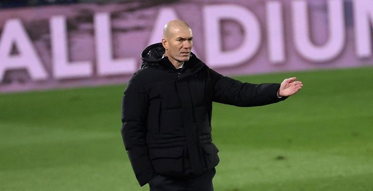 """Zidane se enfada: """"Decirme a la cara que hay que cambiar el entrenador"""""""