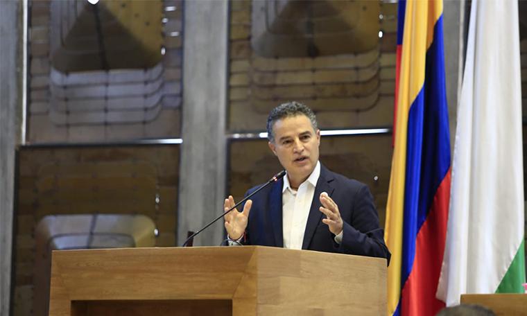 Colombia da ejemplo al mundo Anibal Gaviria tras creacion del estatuto de proteccion a venezolanos