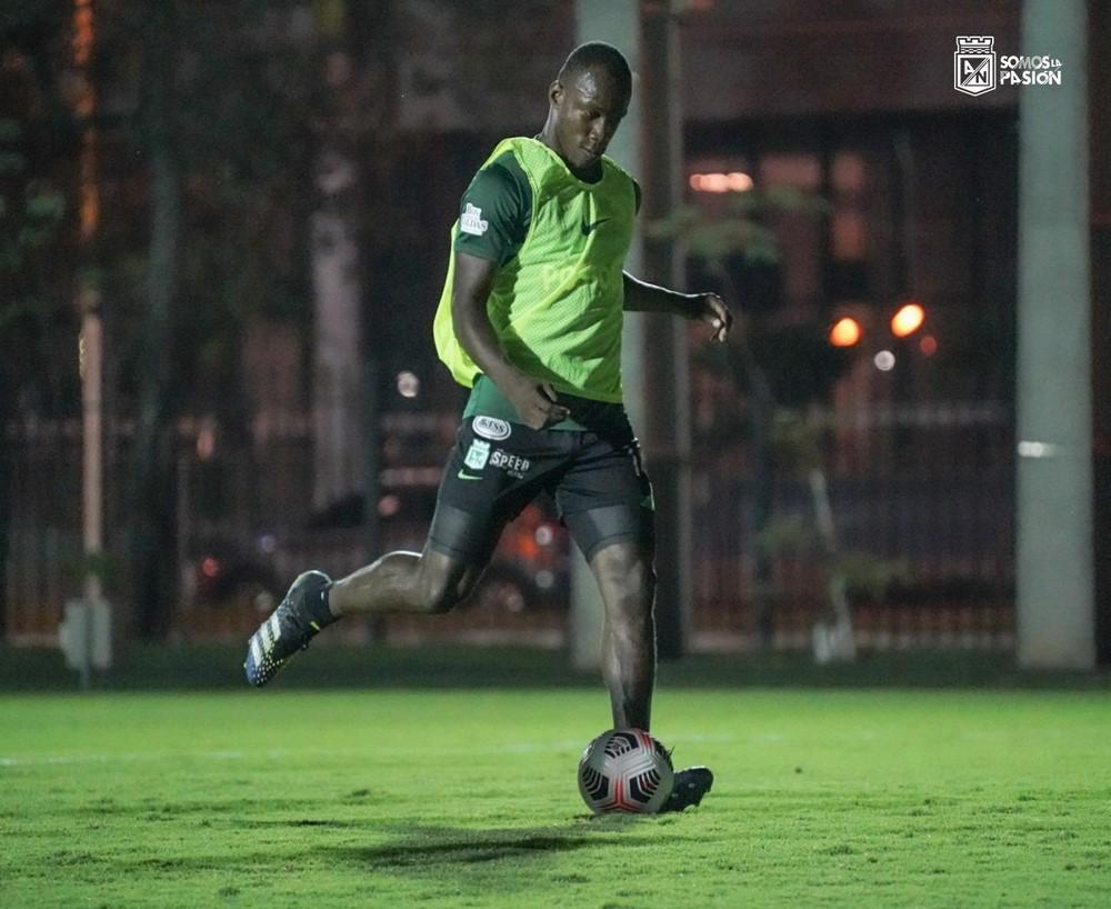 entrenamiento de Atletico Nacional en Paraguay 3