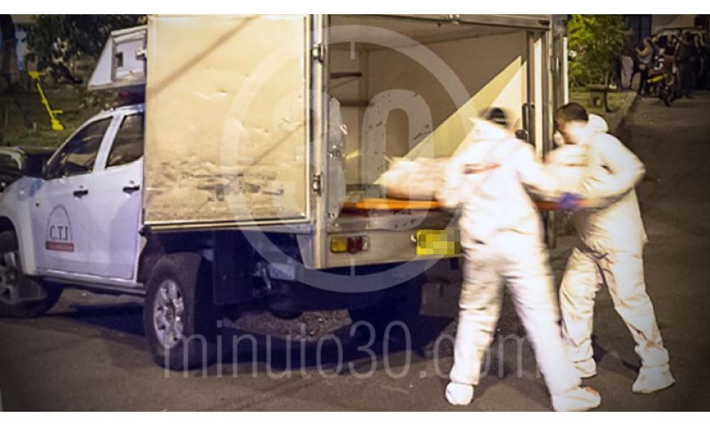 Mataron a un hombre en la entrada de Copacabana, le habrían dado varias puñaladas